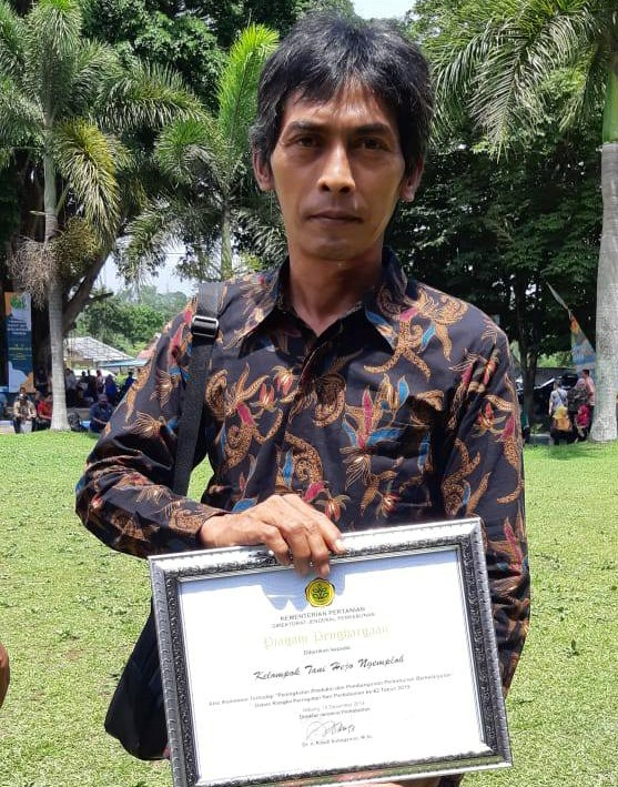 http://vanili-indonesia.com/images/opi-vanili-.jpg